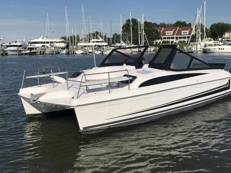 Catamarans BROCHURE-GEMINI FREESTYLE 399 POWER, Manufacturer: GEMINI CATAMARANS, Model Year: , Length: 39ft, Model: Freestyle 399 Power, Condition: Brochure, Listing Status: Catamaran for Sale, Price: USD