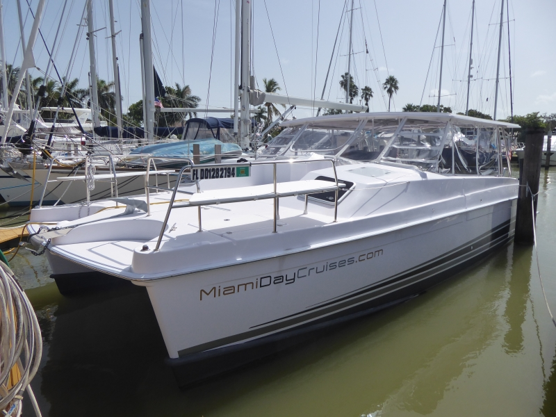 Used Power Catamaran for Sale 2018 Freestyle 399 Power